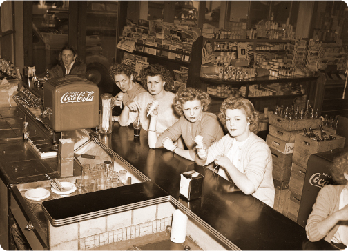 women_soda_fountain