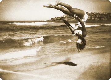 girl_falling_beach