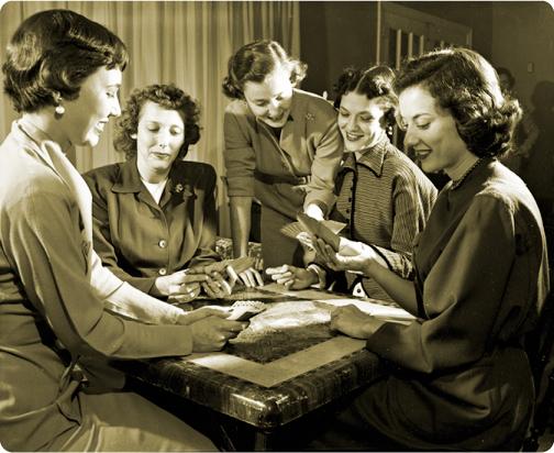 women_socializing