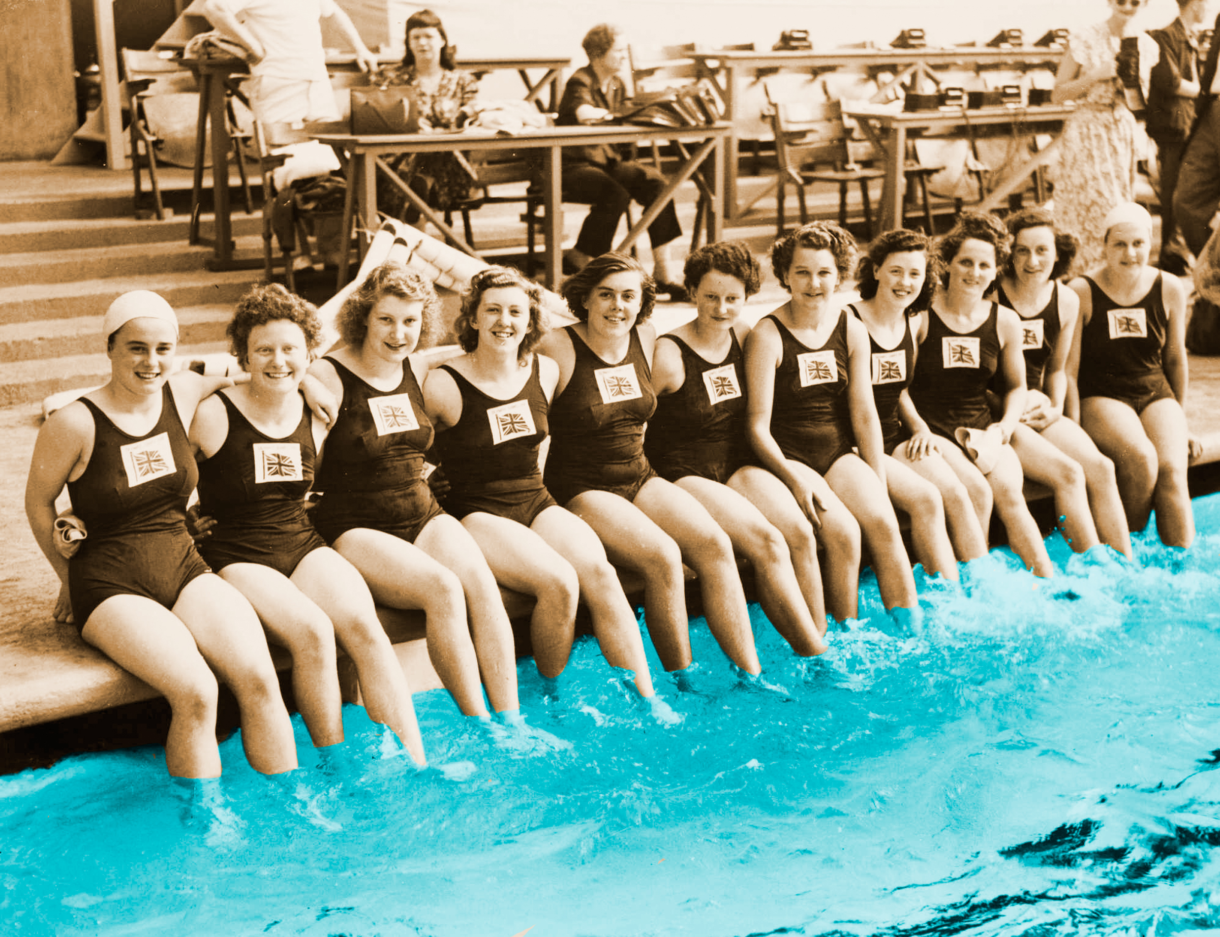 womens_swim_team